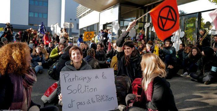 Activisten 'blokkeren' luchthaven Genève